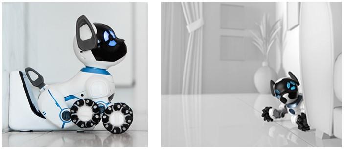 Chip el perro robot para niños en su base y observando desde la esquina de casa